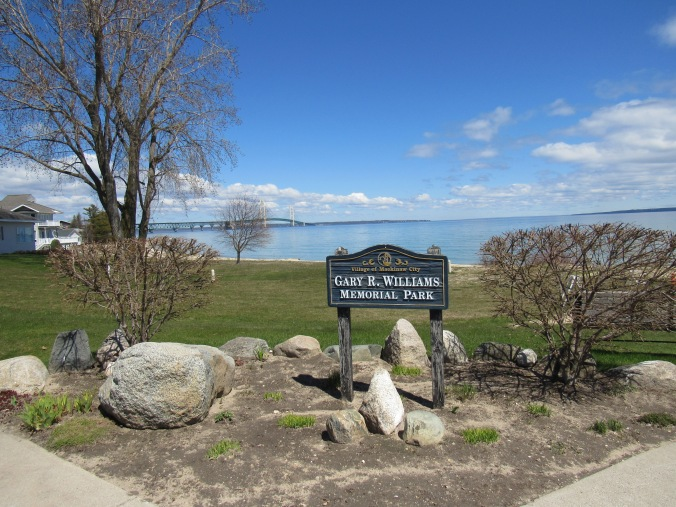 a-Mackinaw-City-Park-Lake-Huron-Straights.JPG